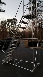 No Shipping 11 Step Alum Rolling Ladder 24 w Ribbed Tread 21 d Top Step New