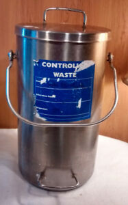 Graco Stainless Steel Controlled Waste Can From Paint System 17 Tall X 9 5 Dia