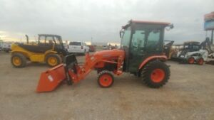 2014 Kubota B3350hsd Cab A c Tractor Loader Forks Bucket 4x4 464hrs Used