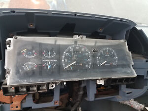 1987 1991 Ford F150 Bronco Instrument Cluster Speedometer With Tach