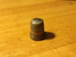 Antique Vintage Pat 1898 Simons Brothers 8 Sterling Silver Sewing Thimble Grace