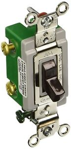 Hubbell Hbl3032 Toggle Switch