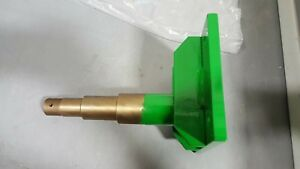 Mt6623 Spindle For John Deere Tc125 Material Collection System