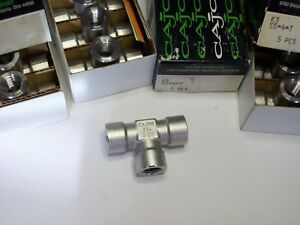 5 Cajon Swagelok Stainless Steel Tee Fitting 1 4 Female Npt Ss 4 t