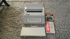 Smith Corona Electric Typewriter Xl 2800 Spell Right Dictionary
