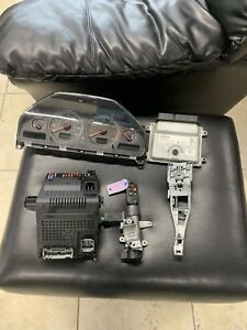 2008 Volvo Xc90 Computer cem Set With Key And Instrument Cluster