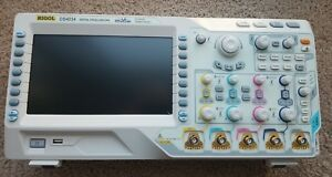 Rigol Ds4034 350 Mhz Digital Oscilloscope With 4 Channels