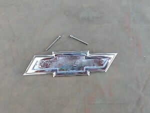 1955 1956 1957 57 1958 58 Chevy Truck Cameo Tailgate original Re chromed Bow Ti