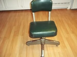 Vintage Art Deco Industrial Steelcase Chair