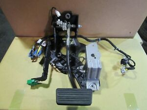 14 15 16 17 Chevy Silverado Sierra Brake Pedal Assembly Wiring 33315345