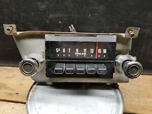 1973 1974 Ford Truck F 150 Radio Am Push Button 73 74 Ford Truck Untested 108