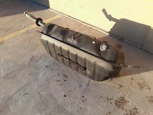1979 1985 Mercedes 300d W123 Diesel Fuel Tank Reservoir With Cap Factory Oem