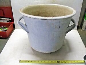Old Vintage Galvanized Metal Kettle Bucket Yard Art 5 Gallon Open Fire Soup