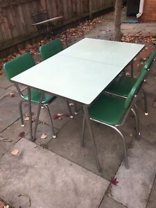 1950s Vintage Formica Lime Green Mid Century Table And Chairs Atomic Chrome