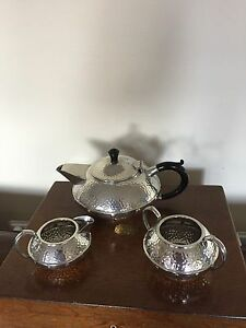 Vintage Craftsman Pewter 3 Piece Planished Tea Service Made In England