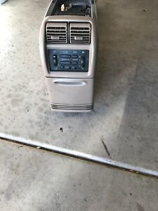 96 97 98 99 00 Ford Explorer Mountaineer Center Console Assembly