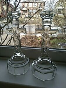 Pair Vintage Heavy Clear Glass Christian Crucifix Jesus Candlesticks 9 75 Tall