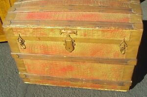 Antique Dome Camel Back Trunk 1800 S Very Good Condition