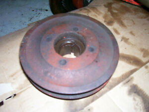 Vintage Ji Case 210 B Tractor crankshaft Pulley 1958