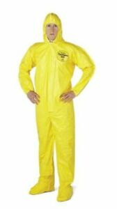New Dupont Tychem 2000 Hooded Chemical Resistant Coveralls Lg 4 pack Hazmat Suit