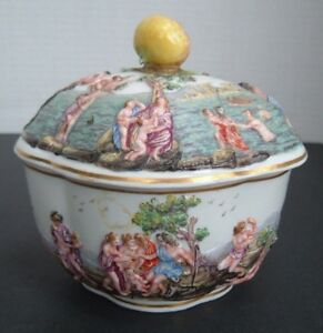 Antique Capodimonte Italian Porcelain Covered Box Chariot Dragons Greek C 1750