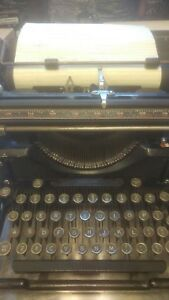 1935 Old Antique Underwood Typewriter Works Nice