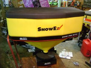 Snowex Salt Spreader Pivot Pro 1075x With Tail Gate Swing Mount New