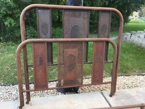 Vintage Full Size Double Metal Bed W Spring Great Patina Diy Project Farmhouse