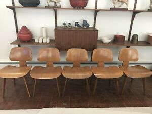 Herman Miller Eames Dcw Molded Plywood Dining Chairs Set Of 5