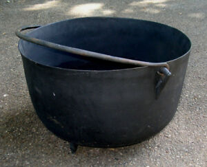 Vintage Xl Black Cast Iron Kettle Cauldron Hearth Firepit Pot 23 Diam