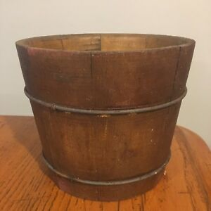 Vtg Antique Primitive Wooden Peck Sap Dry Measure Bucket W Metal Bands