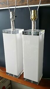Vintage Mid Century Modern Lucite Acrylic Table Lamps Pair Clear White