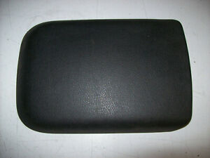 2005 2006 2007 2008 2009 05 09 Ford Mustang Center Console Cover Armrest Pad Lid