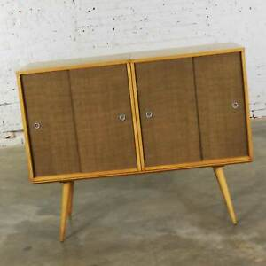 Paul Mccobb Planner Group Pair Sliding Door Cabinets On Bench Platform Mid Centu