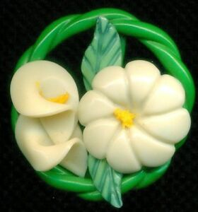 Vintage Button Fab Large Celluloid Weeber Type With Calla Lily