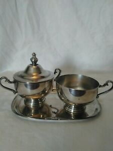 Vintage Silver Plate Cream And Sugar With Serving Tray Wm Rogers Silver Platter