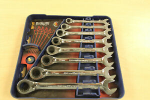 Gearwrench 8 piece Reversible Ratcheting Combination Wrench Set Metric 1543