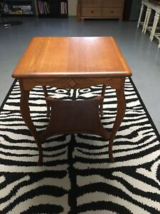 Antique Early 1900 S Square Oak Lamp Table