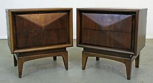 Pair Of Mid Century Danish Modern United Diamond Front Walnut Nightstands