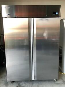 Hoshizaki Cr2a fs Commercial Stainless Double Door Reach In Cooler Refrigerator