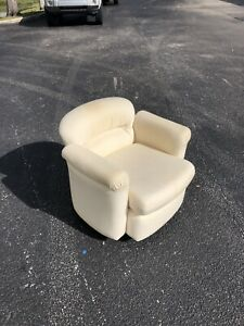 Delightful Mid Century Modern Swivel Chair By Preview Vladimir Kagan Style