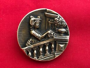 Large Antique Victorian Brass Metal Picture Button Lady On Balcony 1 3 8