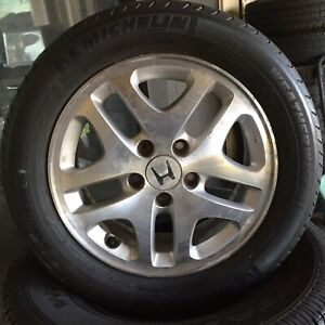 Honda 16 5 Lugs Wheels Set Of 4 With All Weather Michelin Tires 205 60 16