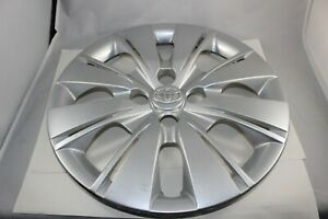 Toyota Yaris 15 Wheel Cover Hubcap Silver 8 Split Spoke 42602 0d210 Hub Cap Oem