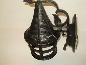 1940 S Black Tudor Porch Wall Light Cast Metal Fancy 251