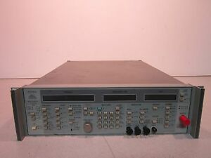 Wiltron Swept Frequency Synthesizer 6737b 20 Opt 01 50 400hz 220va Power On