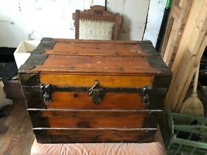 Vintage Steamer Trunk Solid Wooden Flat Top Chest 19 Tallx19longx15wide
