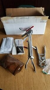 Eze Castration Kit Model T 1 Plus One Hand Castration Tool Calf beef Castration