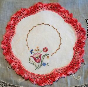 Small Doily Hand Embroidered Flowers Variegated Red Edge