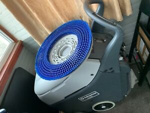 Floor Scrubber Machine Only One Se For 3 Weeks 1400